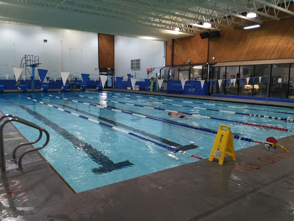 Cascade Swim Center Picture